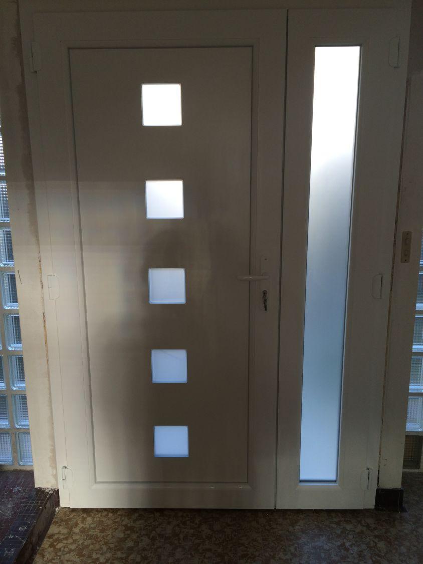 Porte Dentrée PVC Avec Une Tierce Combslaville Par TFS à - Porte d entrée avec tierce